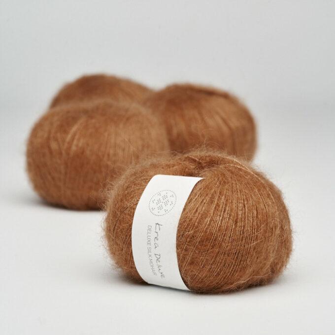 Krea Deluxe Silk Mohair 52 Karamel
