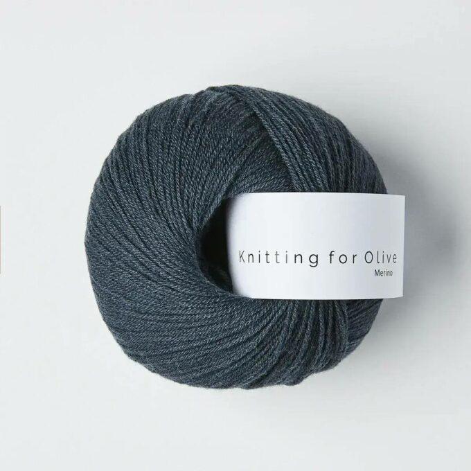 Knitting for Olive Merino Dyb Petroliumsblå